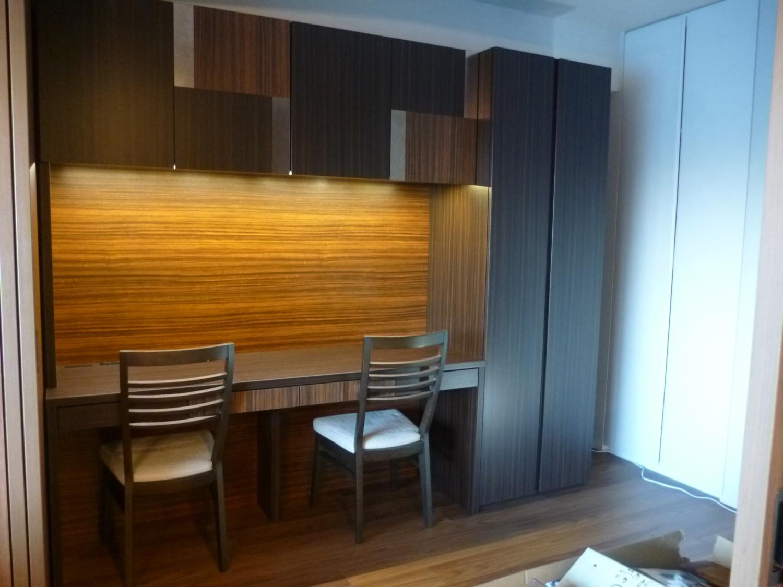 オーダー家具の木目方向はどうする?縦目と横目のどちらを選ぶべきか。