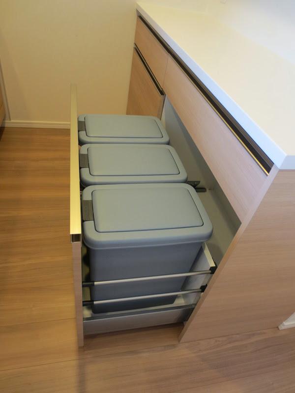 キッチンスペースを1ミリも無駄にしたくない!GNASHがオークス社製ダストボックスをおすすめする理由!