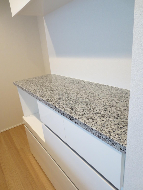 天板のお掃除・お手入れ方法 |化粧合板・人工大理石・天然石